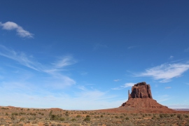 All this photo needs is a photoshopped RV in the distance and it would be a perfect Breaking Bad still, Monument Valley.